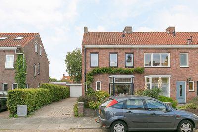 Heuvellaan 38, Roosendaal