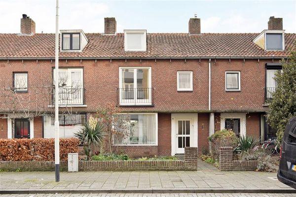 Robijnstraat 40, Breda