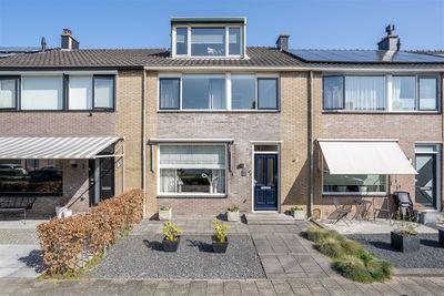 H.A. Lorentzstraat 5, Papendrecht
