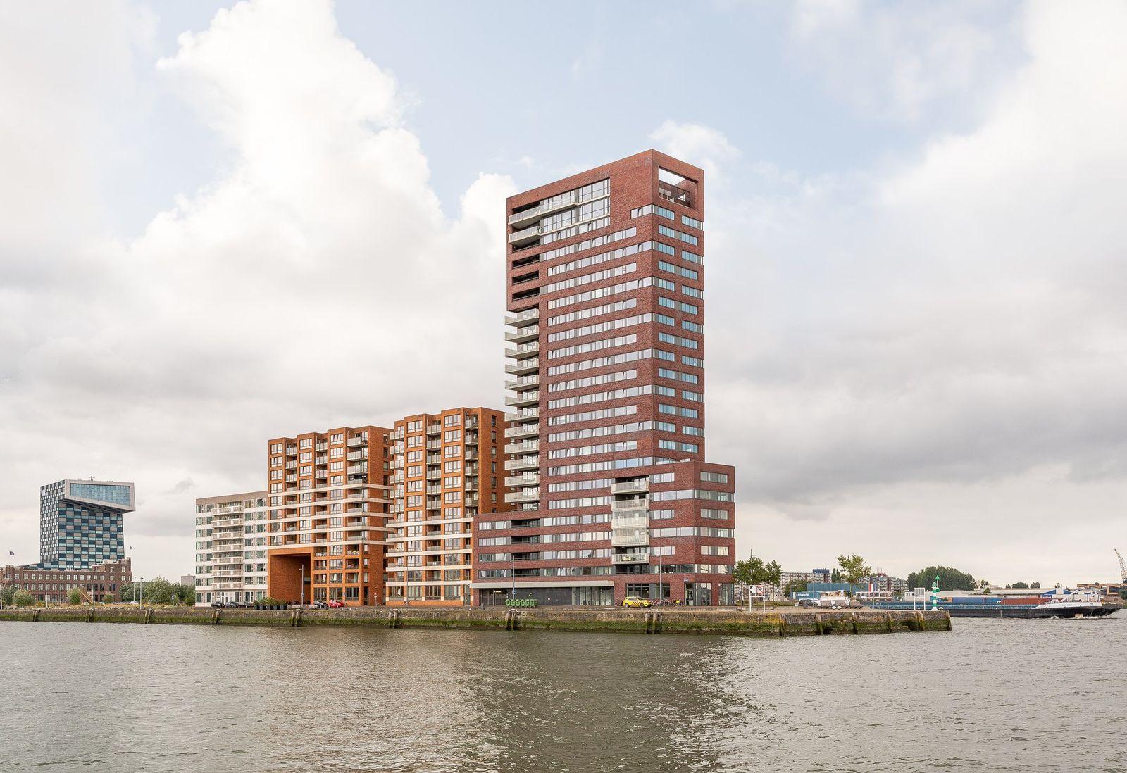 Lloydkade 823, Rotterdam