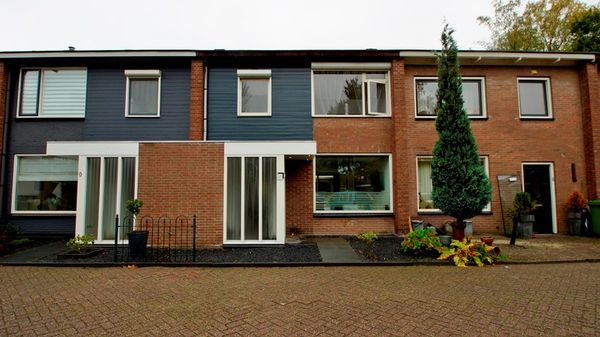 Hof Van Rassegem 10, Rijen