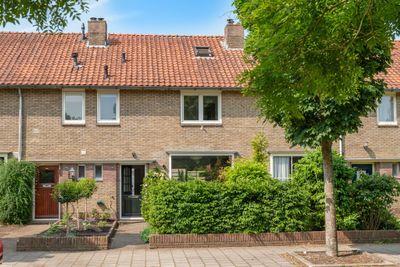 Karel Doormanlaan 86, Bussum