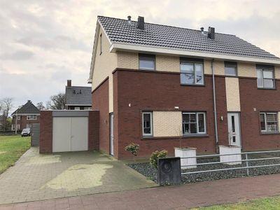 Willem Neerfeldtstraat 6, Groenlo