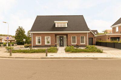 Tragel 6C, Sint Jansteen