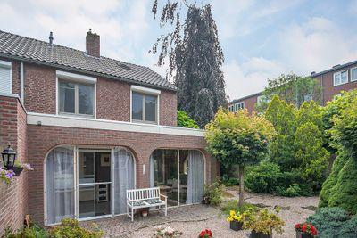 Charlotte Van Bourbonstraat 1, Weert