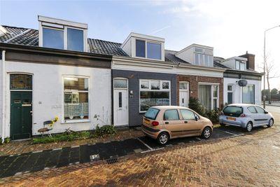 Adriaan van Altenastraat 28, Dordrecht