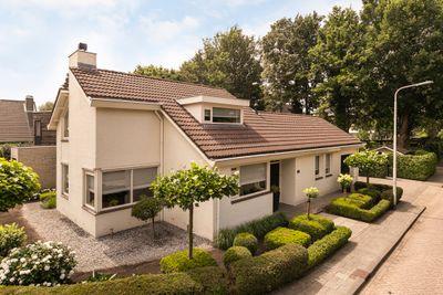 Lennondreef 66, Tilburg