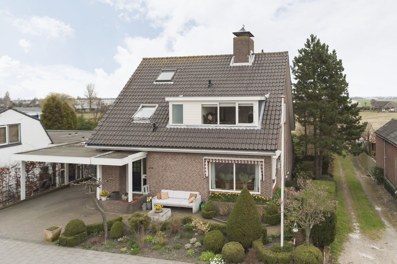 Lisserdijk 340, Lisserbroek