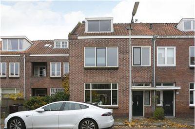Merelstraat 16, Leiden