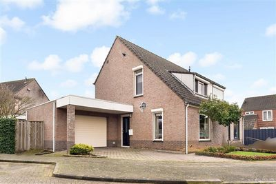 Adelaarshorst 73, Roermond