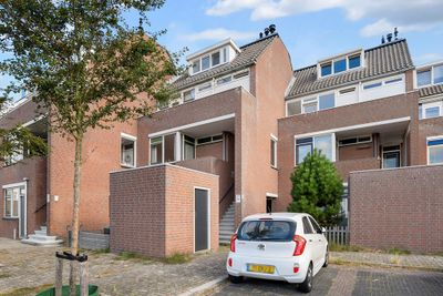 Uranus 26, Katwijk