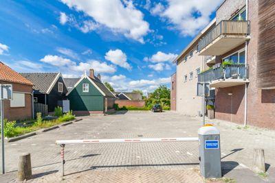 Praamplein, Aalsmeer