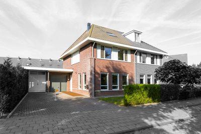 Schoneveld 9, Rhenen