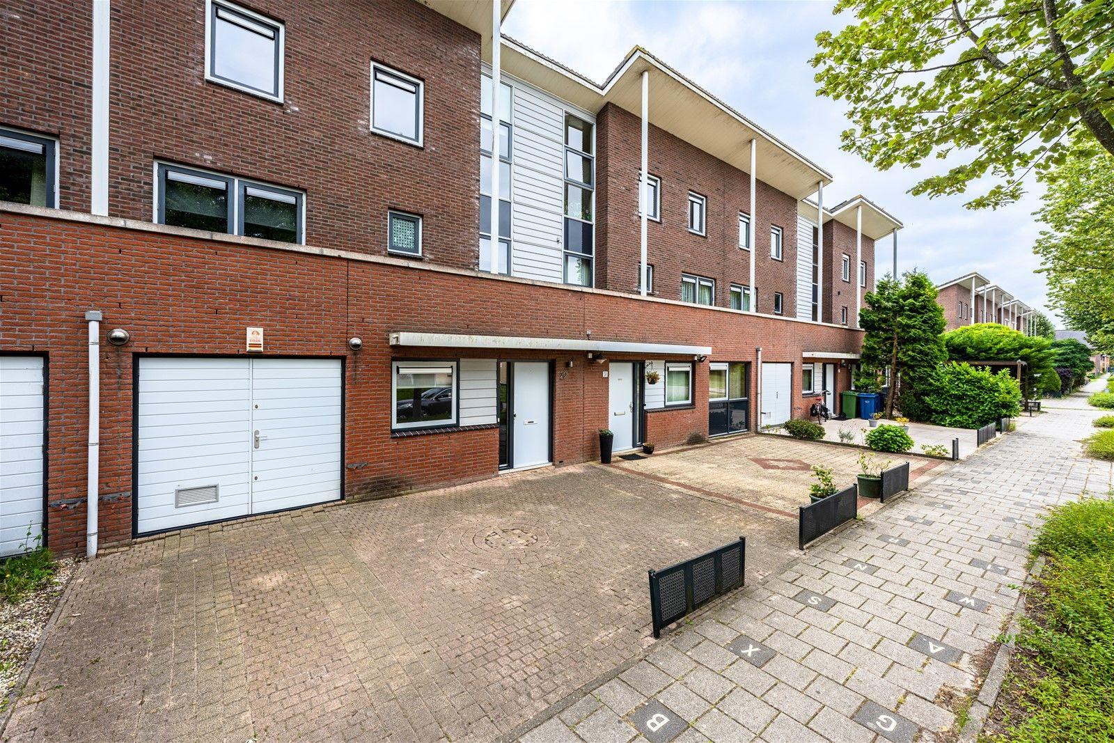 A. Roland Holststraat 29, Almere
