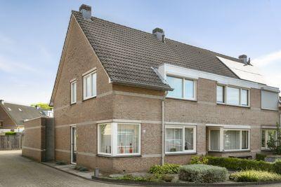 Mr. Rietkerklaan 30, Helmond