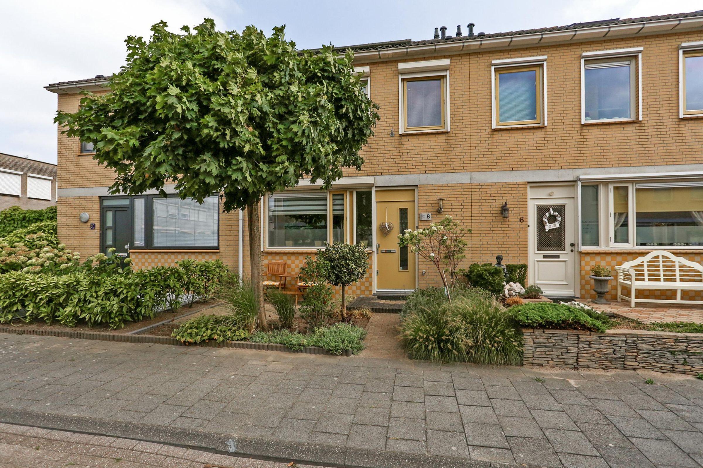 Hermansstraat 8, Oud-Beijerland