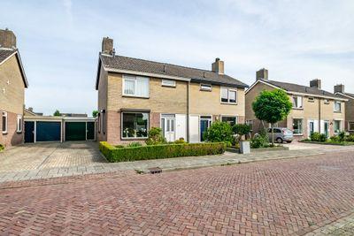 De Plevier 13, Hoogeveen