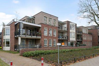 Van Vroonhovenlaan 22, Veldhoven