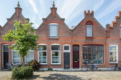 Jacob Catsstraat 49, Dordrecht