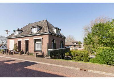 De Buurt 33, Hardinxveld-Giessendam
