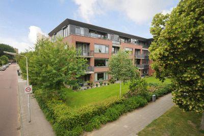 Keizer Karelweg, Amstelveen