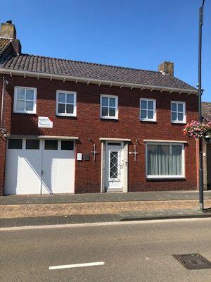 Julianastraat, Rijen