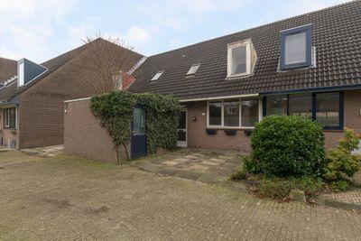 Koraaldijk 23, Roosendaal