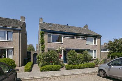 Montgomerystraat 35, Huijbergen