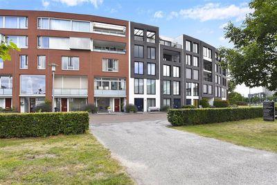 Baron Sloetkade 279, Apeldoorn