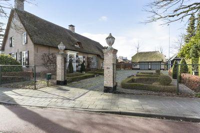 Heerma van Vossstraat 20, Roosendaal