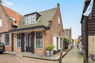 Zuideinde 24, Monnickendam