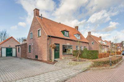 Hoogstraat 45, Veldhoven