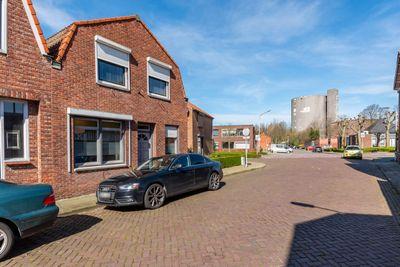 Watermolenstraat 9, Sas van Gent