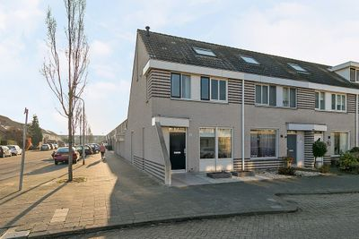Kijkduinlaan 34, Tilburg
