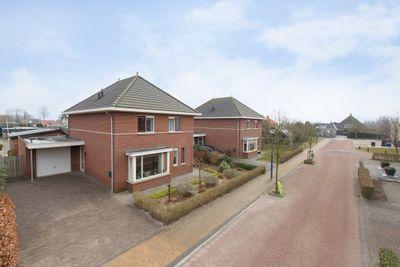 Zuivelweg 4, Oosterzee