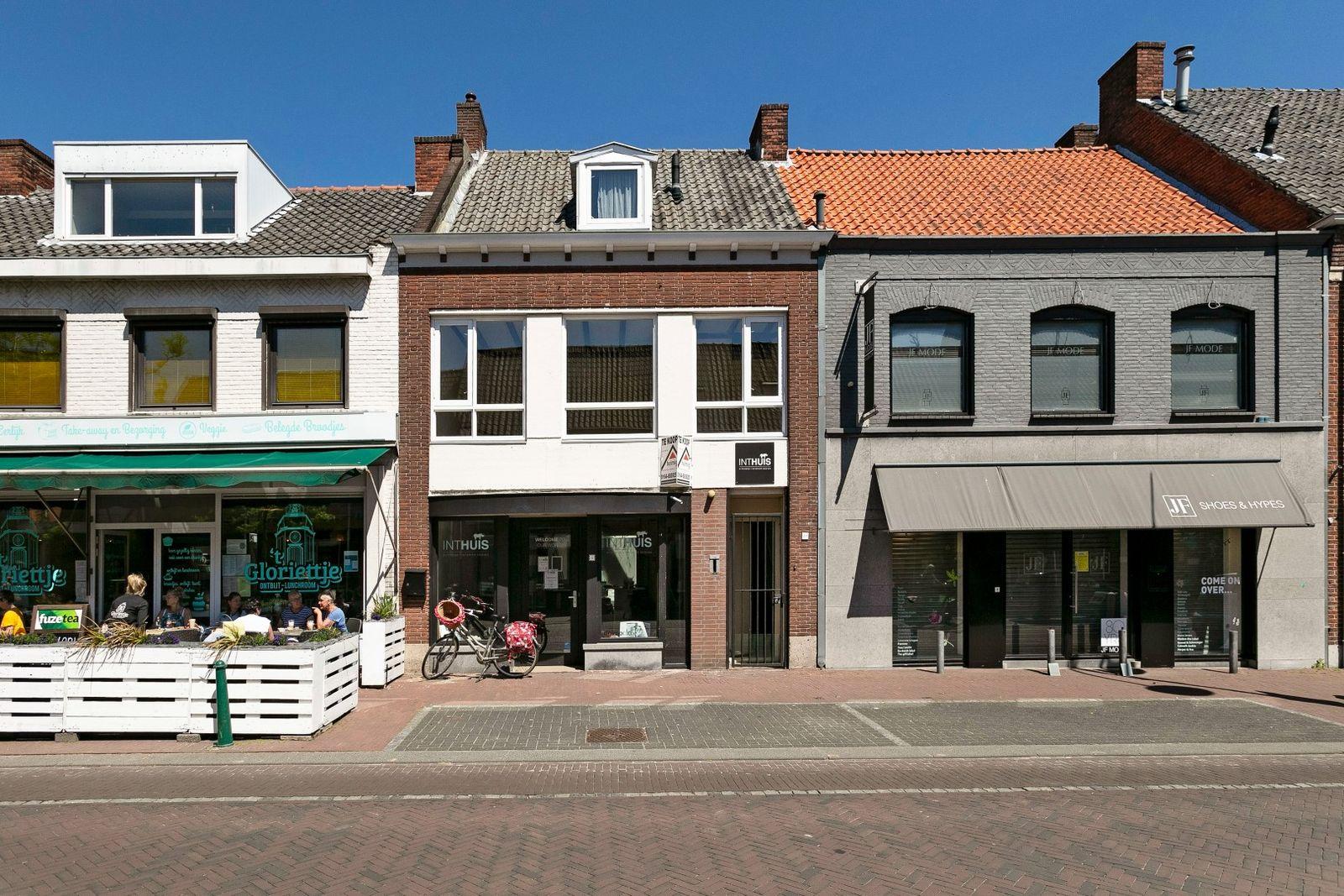 Antwerpsestraat 8--8A, Putte