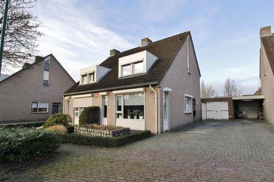 Blauwesteenweg 75, Nistelrode