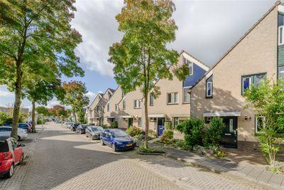 Madernastraat 24, Almere