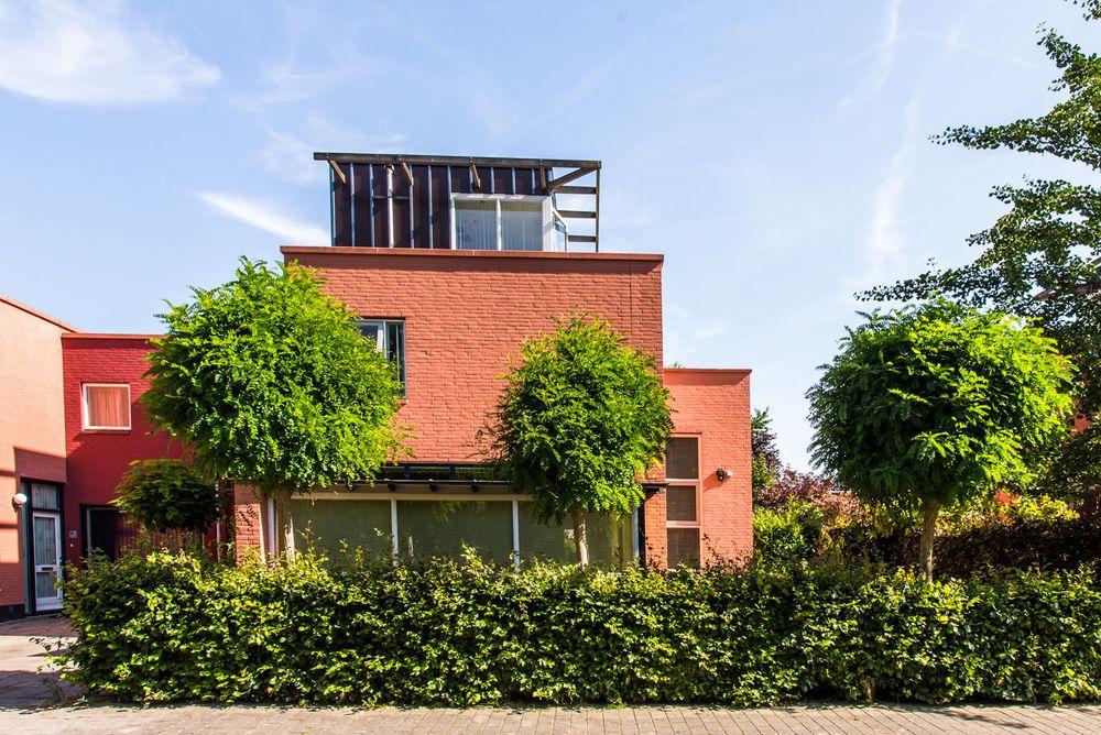 Robijnplantsoen 14, Almere