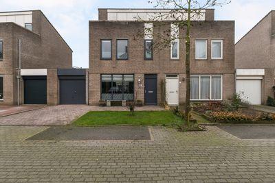 Lupineberg 57, Roosendaal