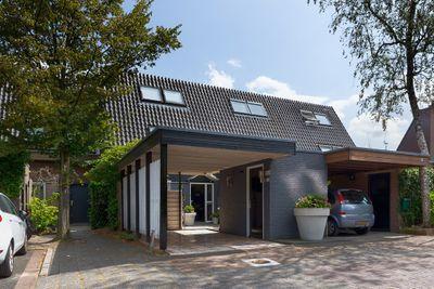 Van Gelderlaan 61, Hilversum