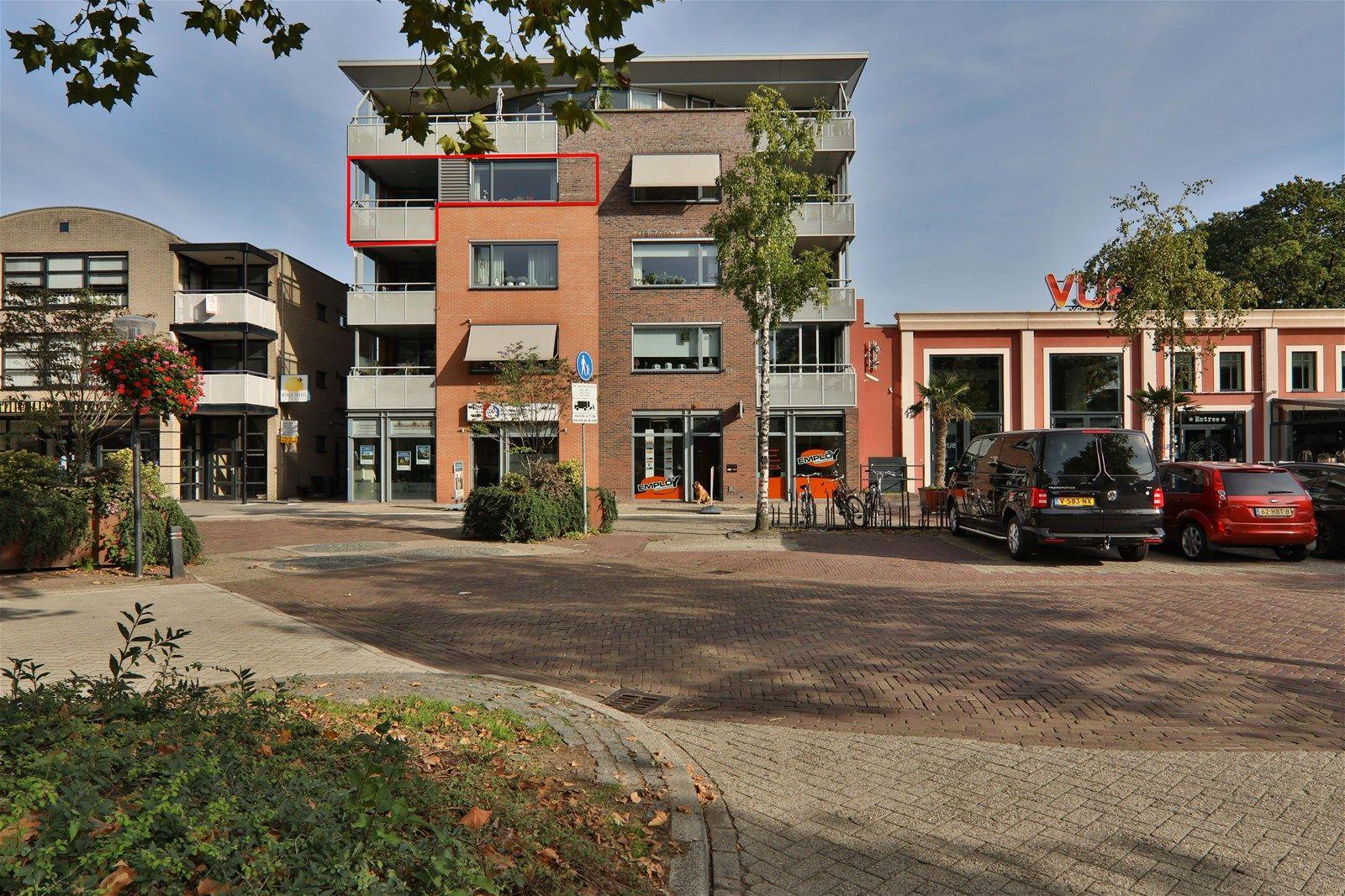 van Echtenstraat 29-31, Hoogeveen