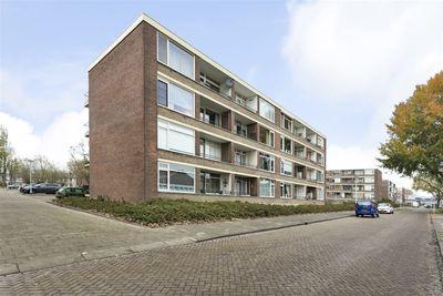 Staringlaan 196, Papendrecht