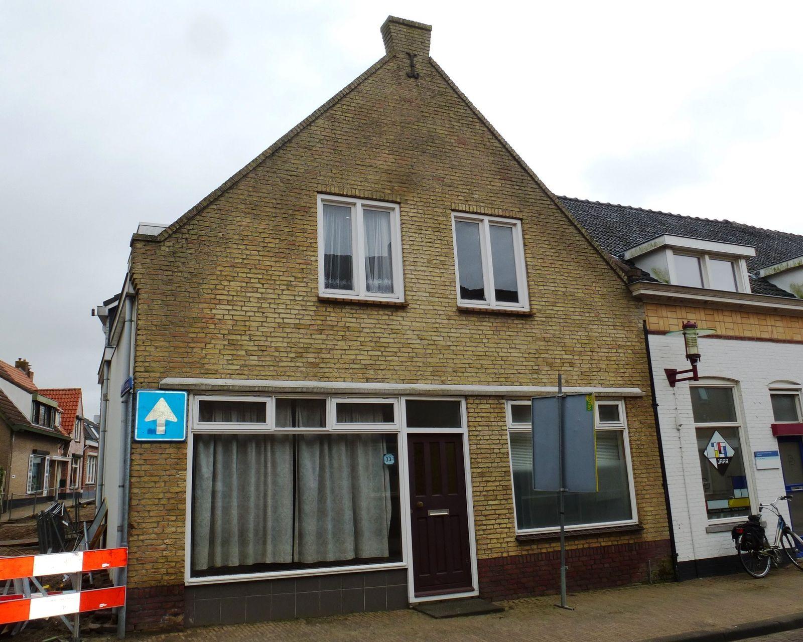 Dorpsstraat 33, Halsteren