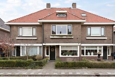 Geraniumstraat 15, Almelo