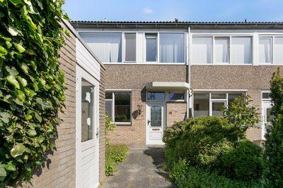 Spaarnestraat 36, Oost-Souburg