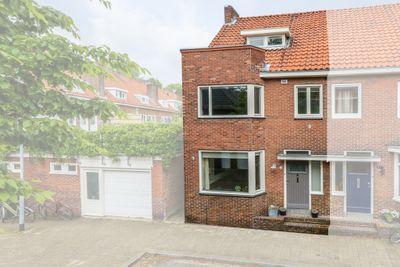 Pastoor Deckersstraat 3, Venlo