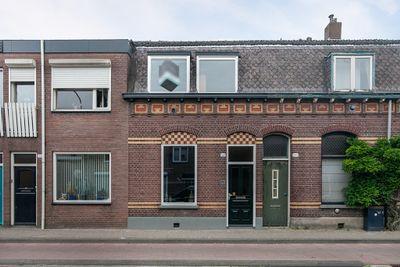 Broekhovenseweg 108, Tilburg