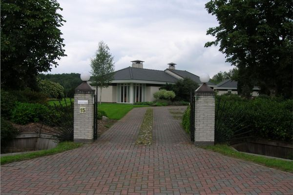 Dwarsweg 15, Eesveen