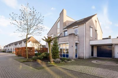Lupineberg 3, Roosendaal
